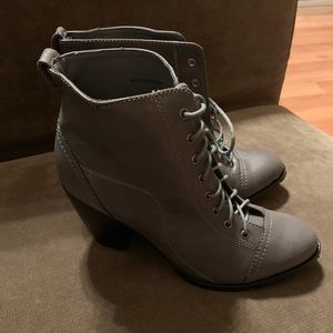 Deena & Ozzy Shoes - Deena & Ozzy Women's Booties Gray 8 NWOT